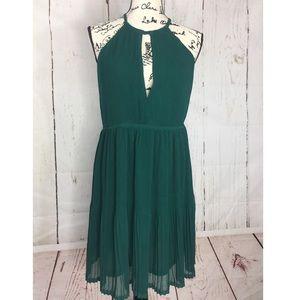 Emerald Green Sexy Strappy Low Cut Dress Accordion